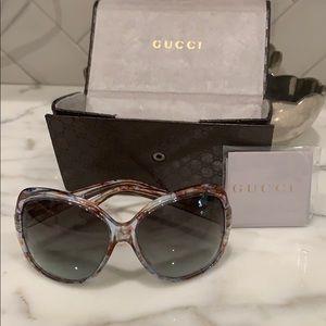 Women's oversized Gucci Sunglasses